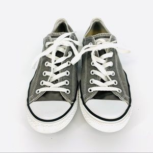 Converse W's 10 M's 8 chuck Taylor low-